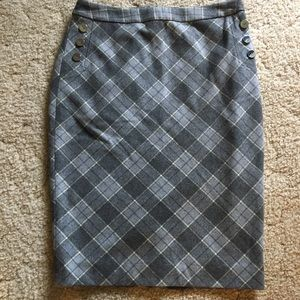 New with tags THE LIMITED Pencil Skirt Size 10.